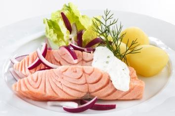 New Nordic Cuisine - Pickled Norwegian Salmon with horseradish cream1